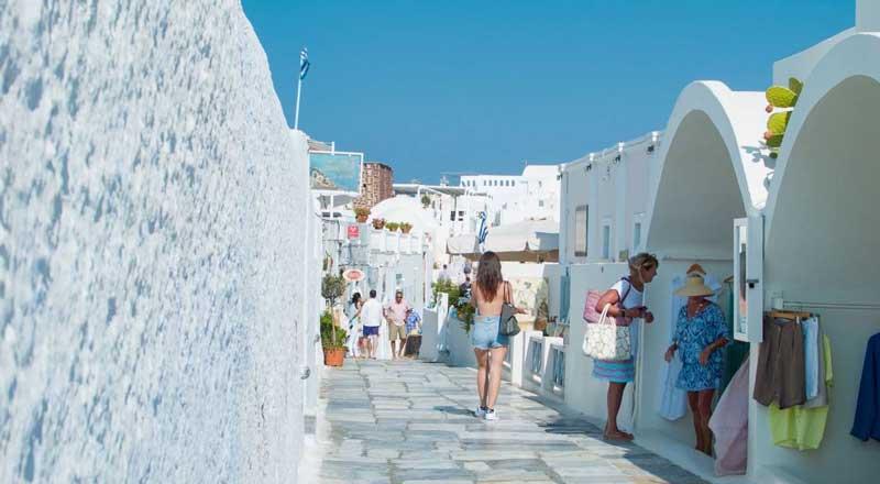 Santorini, también es ideal para ir de compras