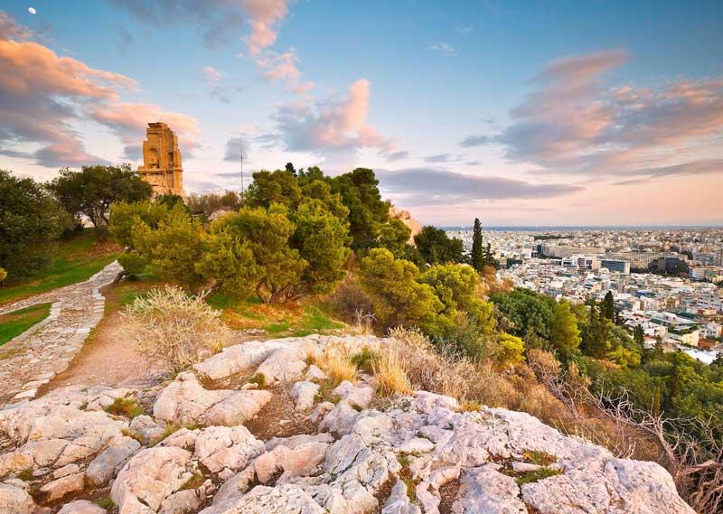 Vista panorámica de Atenas desde la Colina Filopapo